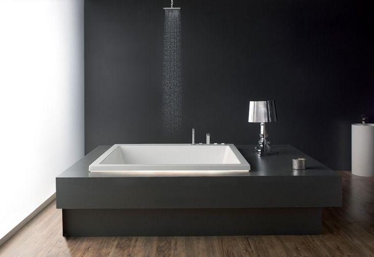 Baignoire carrée en acrylique 165x165 cm