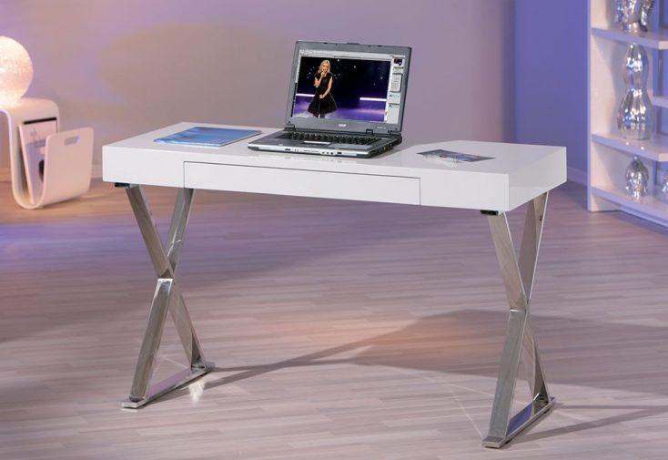 Bureau design en mdf laqué blanc et des pieds chromés furnitures