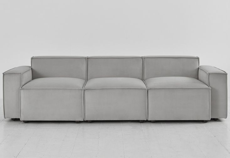 Canapé 3 places en velours gris clair sofa Swyft Home