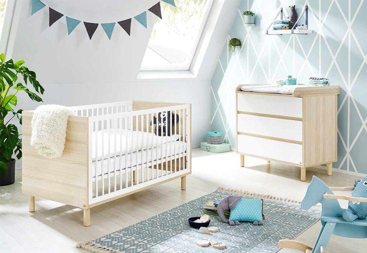 Chambre complète avec lit, commode et placard