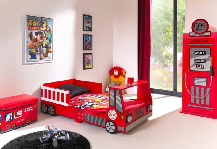 Chambre enfant camion de pompier avec lit 70 x 140 cm et armoire pompe à essence