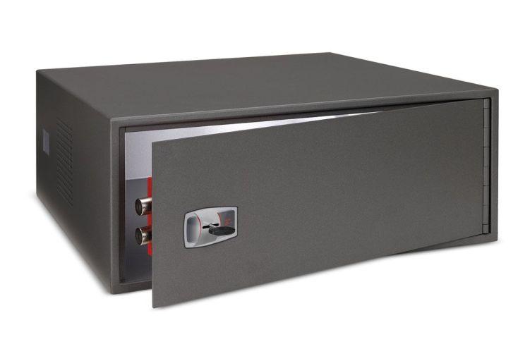 armoire pour mat riel de vid o surveillance tvc armoire professionnelle pour mat riel de vid o. Black Bedroom Furniture Sets. Home Design Ideas