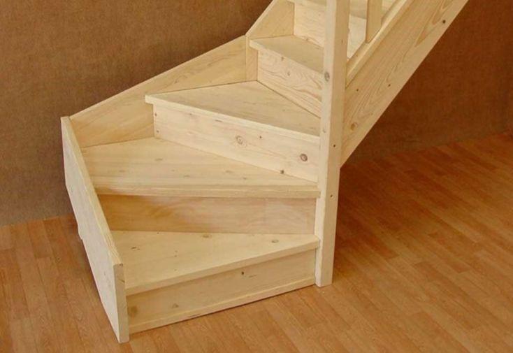 Escalier Quart Tournant Bas en Sapin