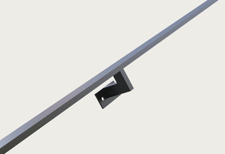 main courante en acier pour escalier sur mesure