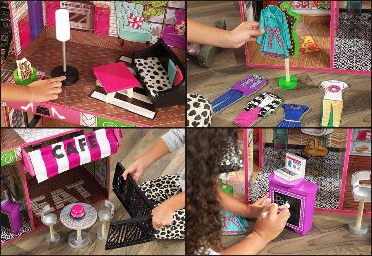 maison de poupées en bois avec ses accessoires lumineux et sonores