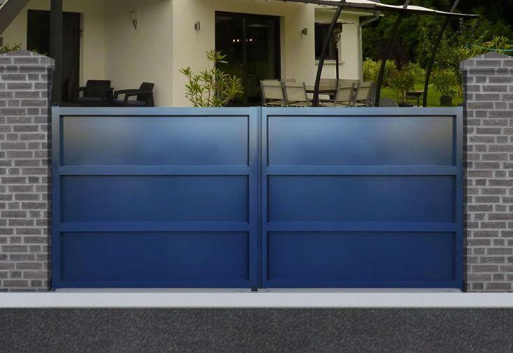 portail en aluminium ouverture battante manuelle 2 vantaux