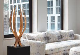 Lampe de Table Design en Bois Iris