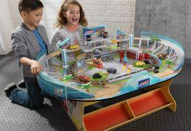 circuit de voitures pour enfants Cars 3 Disney en bois et plastique