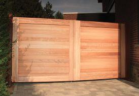 Portail Double Battant en Iroko Bradford – 300 x 180 cm